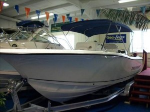 2011 Trophy Boats 2203 Center Console
